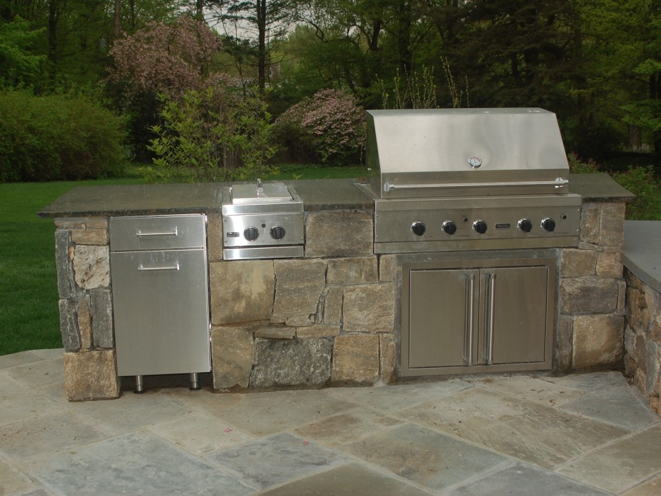 Grill with fridge & accessories