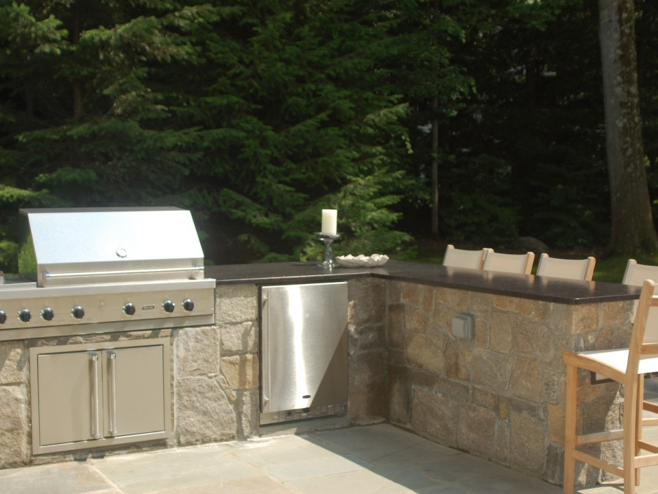 Grill Area with built in refigerator